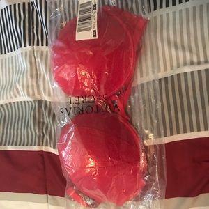 Red VS 38C add 2 cups bra
